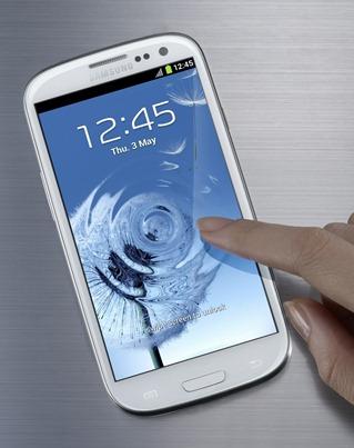 Galaxy S3 priekis1