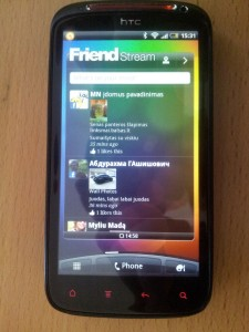 HTC Sensation XE Friend Stream